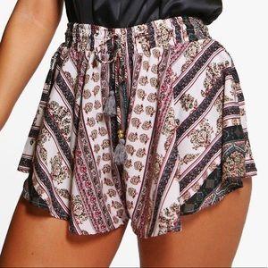0e6e72d8eac01 Boohoo Plus Shorts | High Waisted Floral | Poshmark